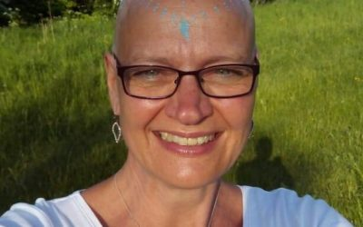 Silvia Siret shaves her head for abandofbrothers!